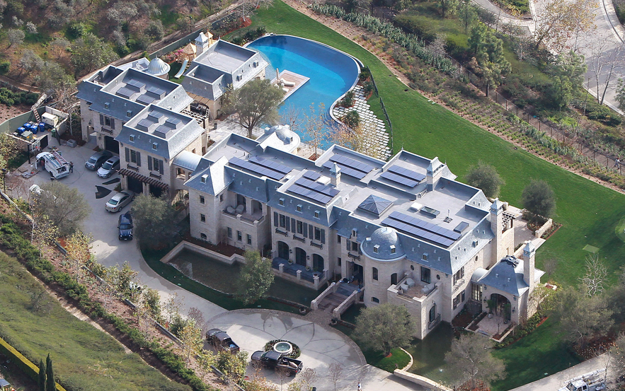 TOM BRADY AND GISELE'S SOCAL PALACE
