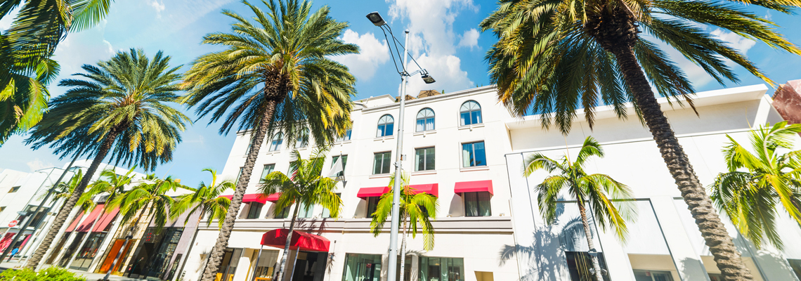 The Luxe Rodeo Drive Hotel located in Beverly Hills' Shopping District